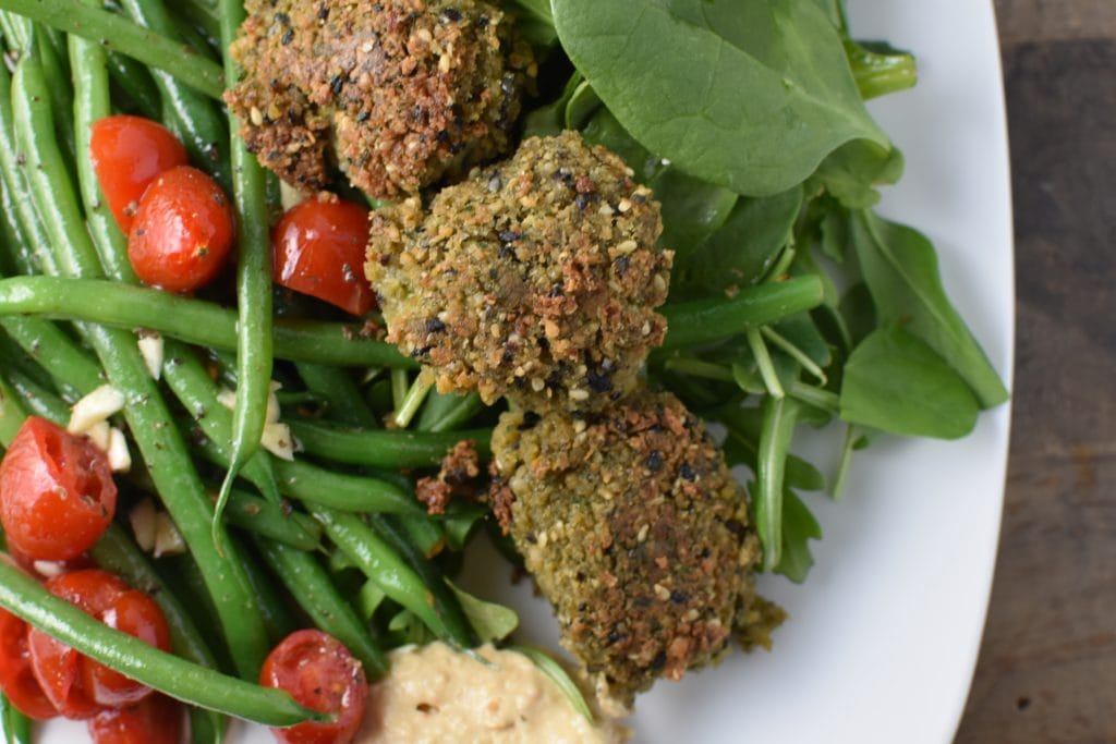 Falafels made with canned chickpeas