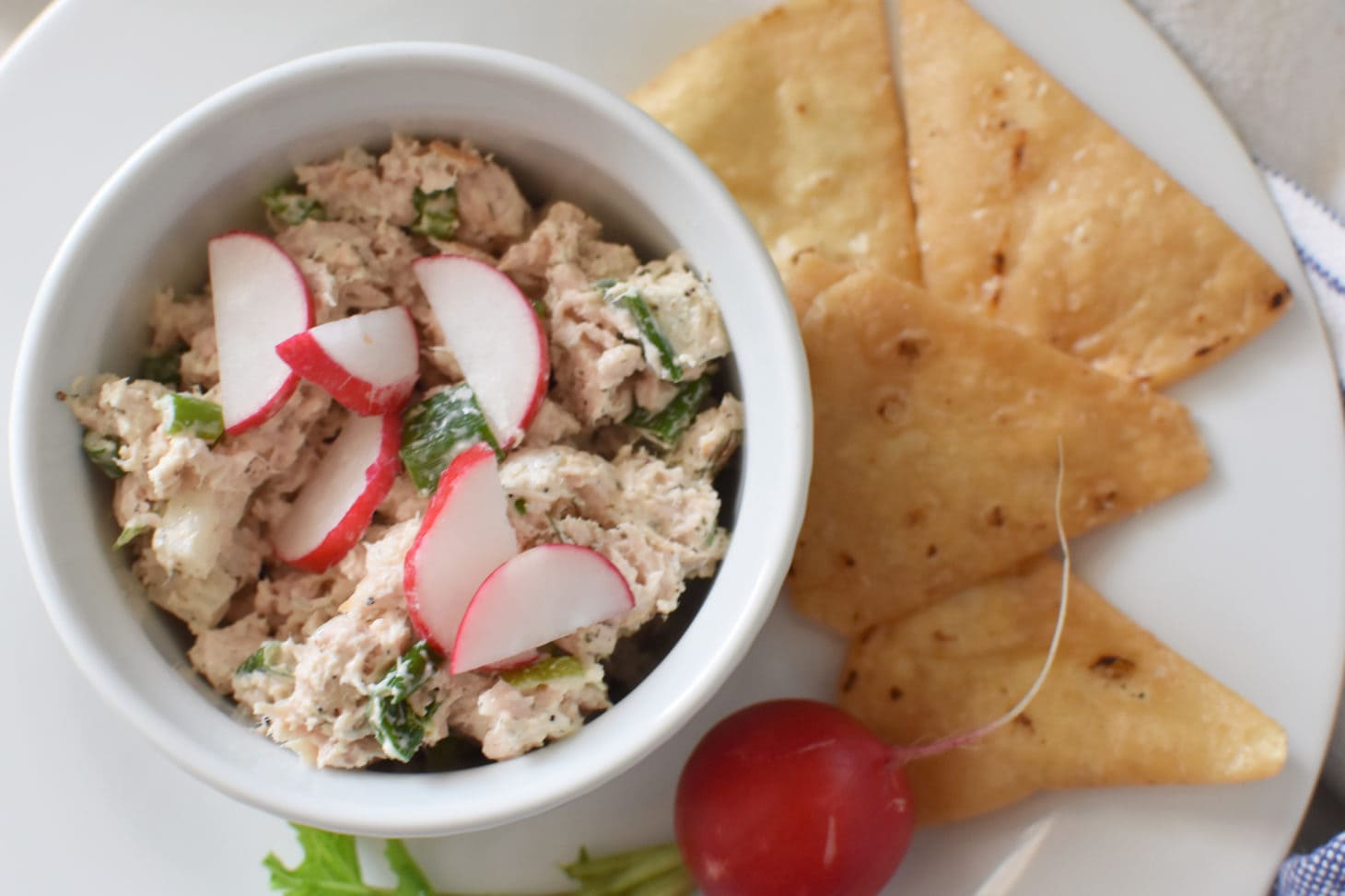 Healthy and Simple Tuna Salad with Primizie Crisps and Radish