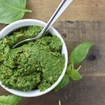 A rare find, this nut free kale pesto uses toasted sunflower seeds to add a rich and nutty flavor to this vegan pesto #vegan #pesto #migrainediet