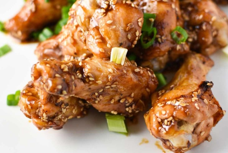 The greatest game day appetizer or even weeknight dinner, these ginger sesame wings are healthy and easy to make. They're whole 30, paleo, and migraine diet safe. #wings #gameday #appetizers