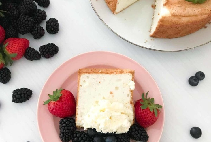 Want to make the perfect Angel Food Cake? This recipe is light, fluffy, and delicious for a dessert you will crave. #angelfoodcake #cake #dessert